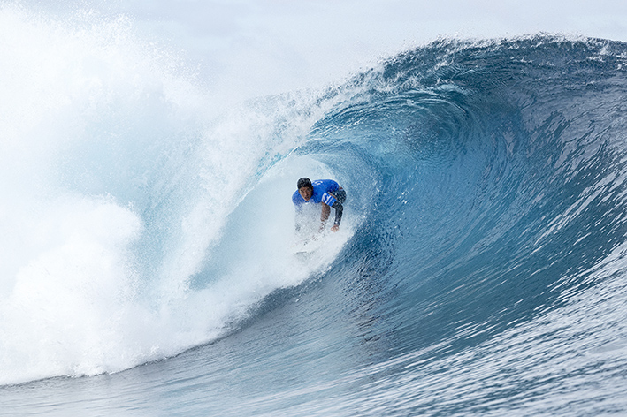 Competicion de surf-Igarashi