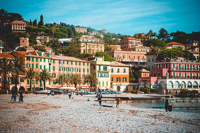 Playa y colinas de Santa Margherita Ligure